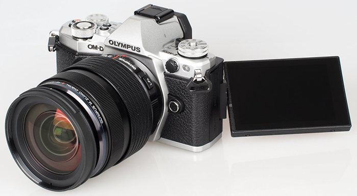New E-M5II reviews at ePhotozine, Engadget and