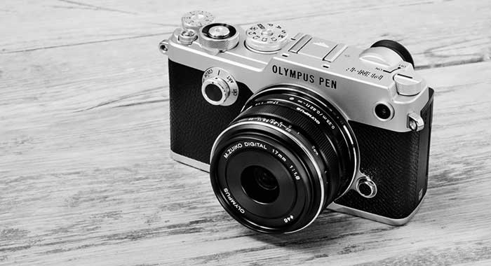 The PEN-F reviews and hands-on so far: Made for designers or the perfect street photography camera?